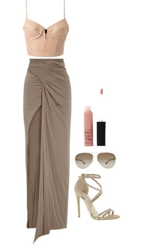 These natural colors look great with this sexy maxi dress and crop top! The strappy heels make this look look casual yet beautiful!