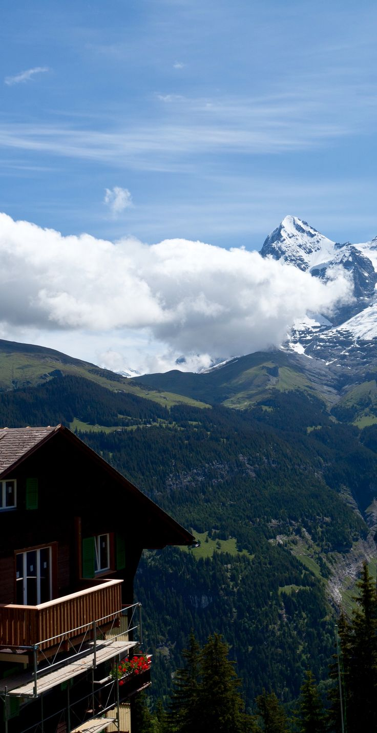 Mürren, Day 8 of the Rick Steves Best of Switzerland Tour.