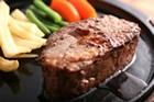 但馬牛ヒレステーキセット  ¥3,900〜6,500-