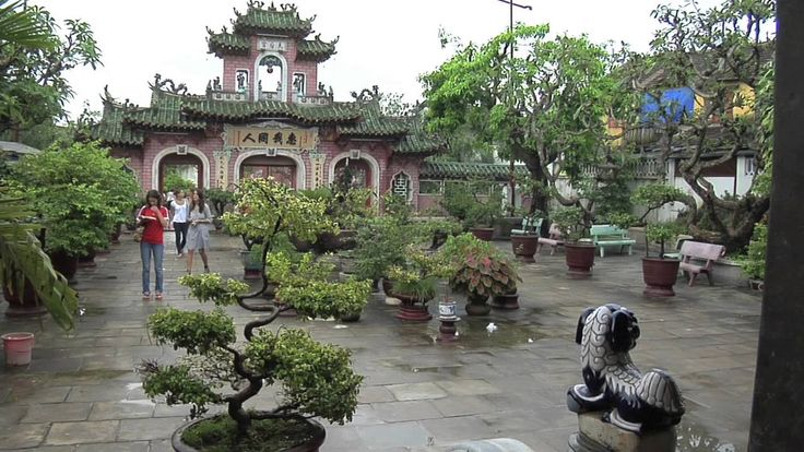 London/England [ Hoi An Ancient Town, Vietnam] to Singapore by train & b...