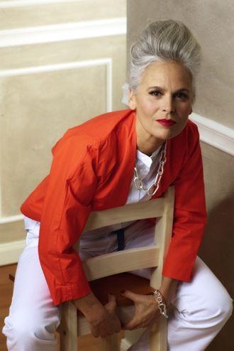 Close Models - Model Gallery of Female Models from the Leading UK Model Agency in London - Model Card for Ingrid Becker