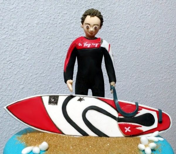Tarta Surf 2   De Perla's   Tartas fondant personalizadas en Málaga