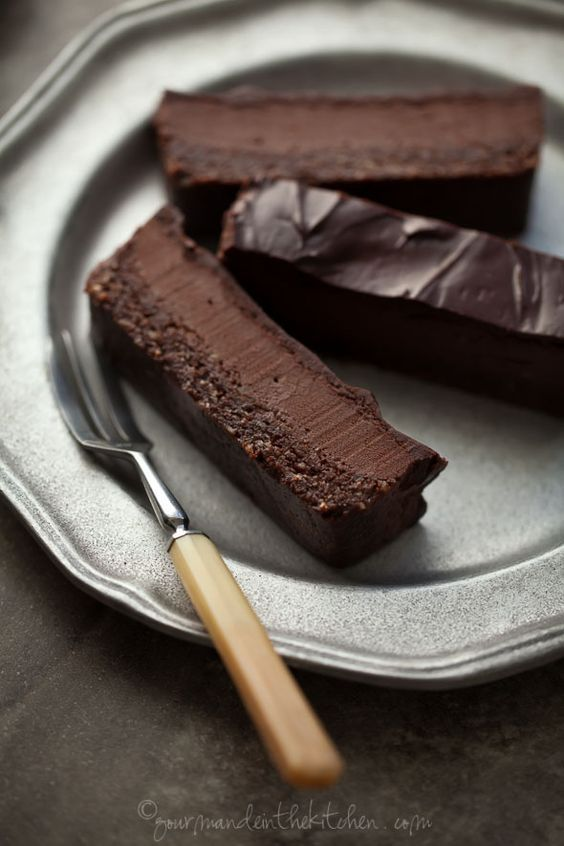 Chocolate Peppermint Silk Brownie Bars  | Gourmande in the Kitchen