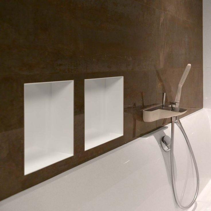 Mooie nis gevonden voor douche! Colour BoX White - LoooX
