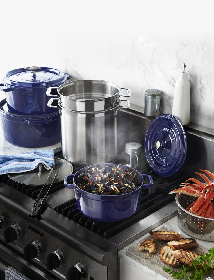 Full steam ahead with this @Staub Round Cocotte.