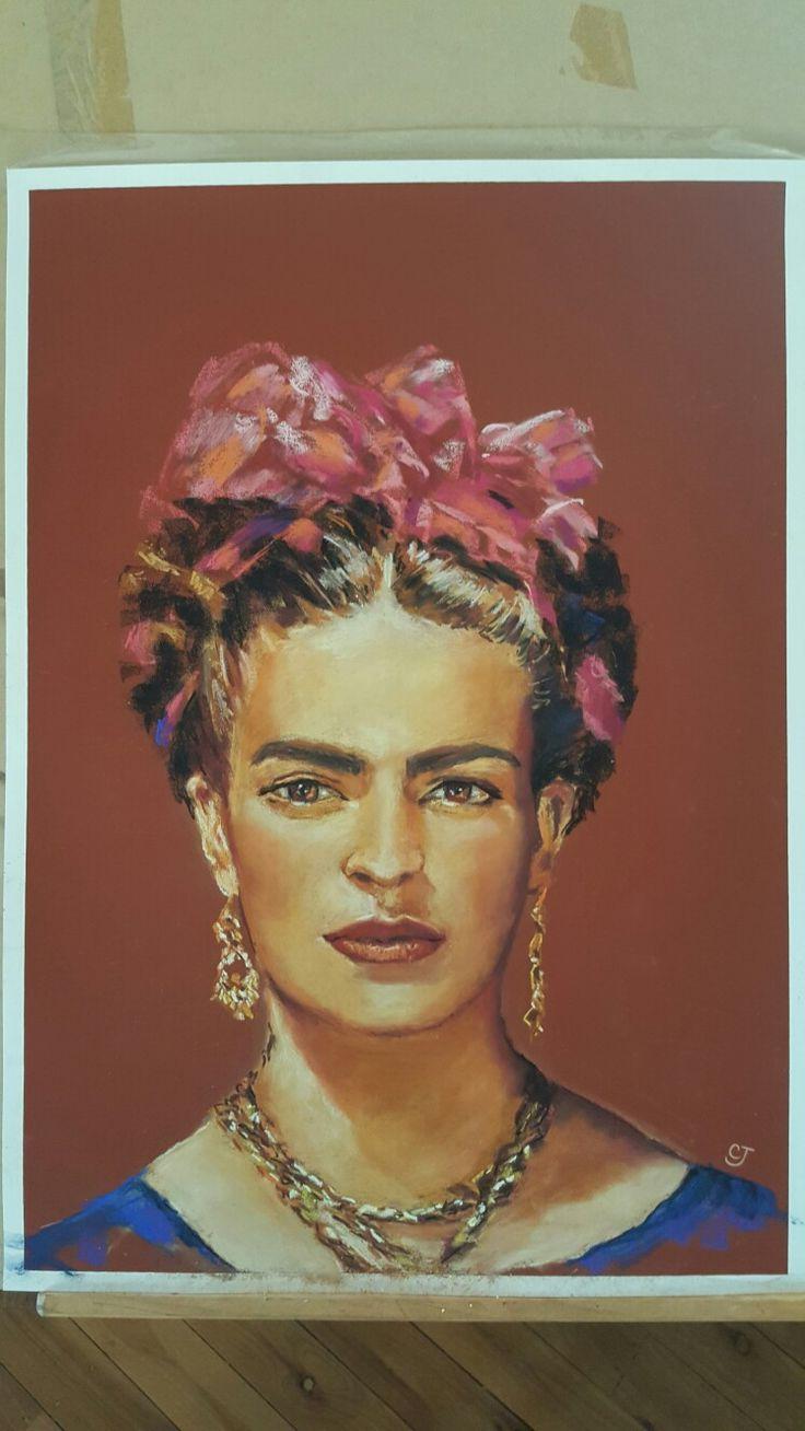 Beautiful Frida ..pastel