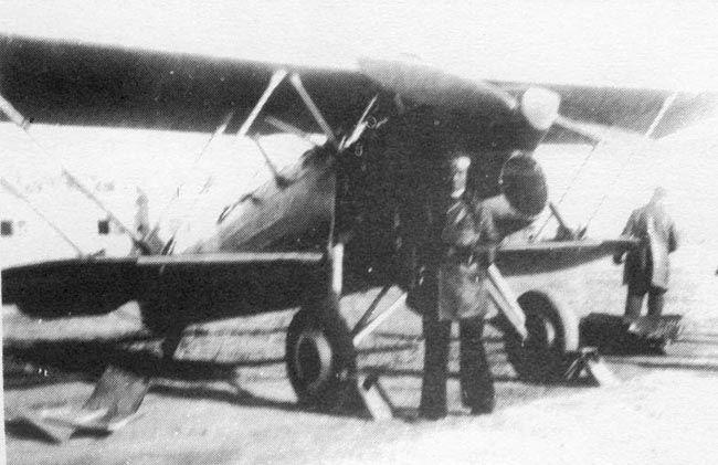"""Fiat CR.32 """"Chirri"""" capturado y puesto en servicio por la Aviación republicana."""