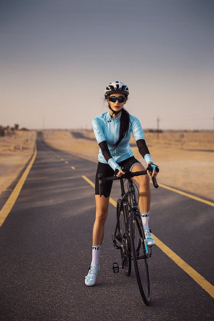 Santic Diane White Women Road Cycling Shoes In 2020 Road Cycling Road Cycling Shoes Cycling Shoes Women