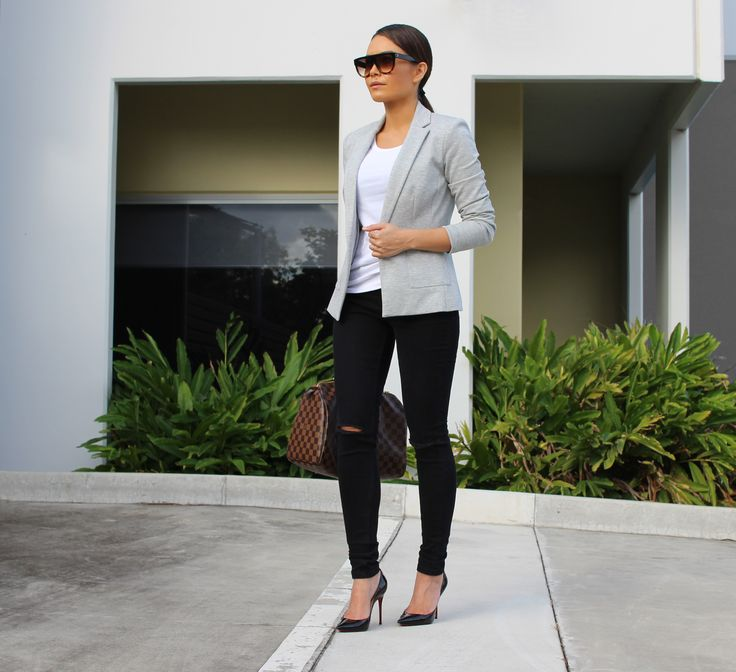 Go #DesktoDinner in this outfit from our Womenswear Collection via @styleme.yesterday