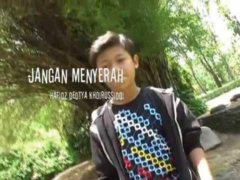 Jangan Menyerah (D'masiv) cover Hafidz