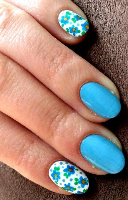 Flowers & blue nails / Niebieskie z łączką #nailart #nails #paznokcie #zdobienie