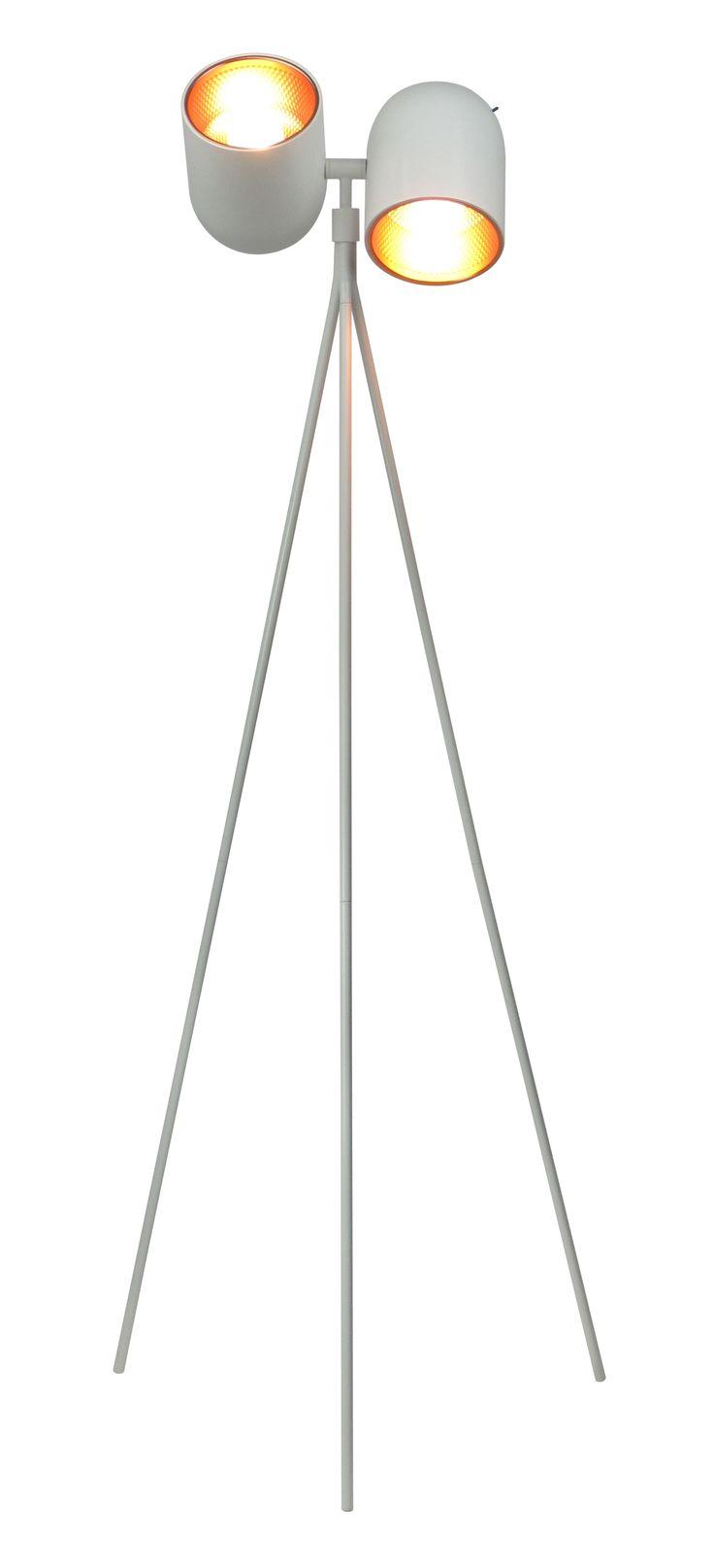 Lampa podłogowa ASTON będzie doskonale pasować do nowoczesnych pomieszczeń. Środek lampy wykonany został z metalu w miedzianym kolorze, po włączeniu daje przyjemne dla oka światło. Klienci cenią ASTON za wyjątkowy design i jakość wykonania.