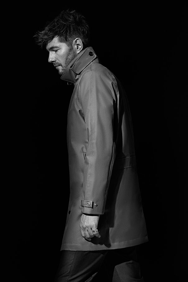 Rune Glifberg Rolling in for Matinique #matinique #runeglifberg #menswear #mensfashion #mensstyle #menstrend #fashion #style #trend #coat