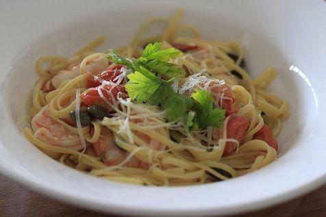 Pasta with scampi in buttersauce - Pasta met garnalen in botersaus snel en simpel recept van foodblog Foodinista