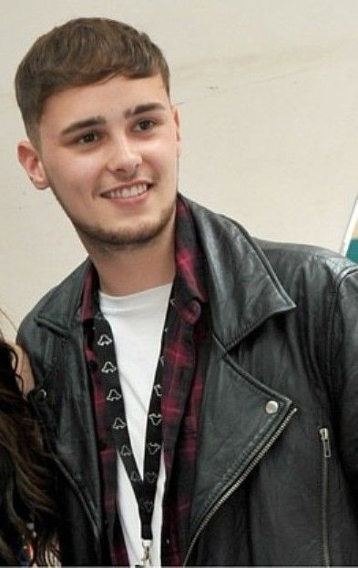 Joe Woolford (December 11, 1994) British singer, o.a. known from the Eurovision Song Contest of 2016. part of the duo Joe and Jake representing Great Britain.
