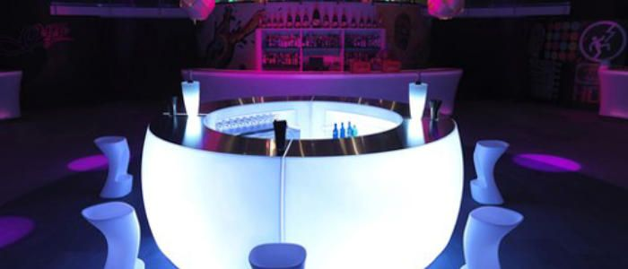 Hire a mobile bar in Aberdeen  www.hireabarman.com