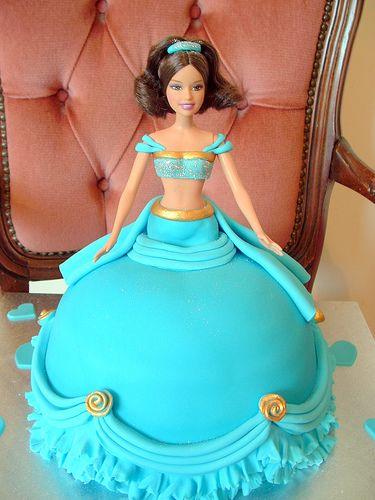 Jasmin cake 2 by deborah hwang, via Flickr