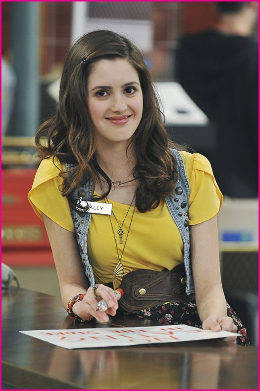 Should Vanessa Marano And Laura Marano Work Together On A New Project?