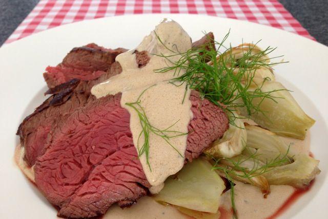 Ook de lekkerste Ossenhaas met Gorgonzola saus maak je natuurlijk gewoon zelf. Bekijk dit lekkere recept voor ossenhaas op AllesOverItaliaansEten.nl!