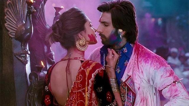 Bollywood #Entertainment ranveerSingh DeepikaPAdukone Celebrities