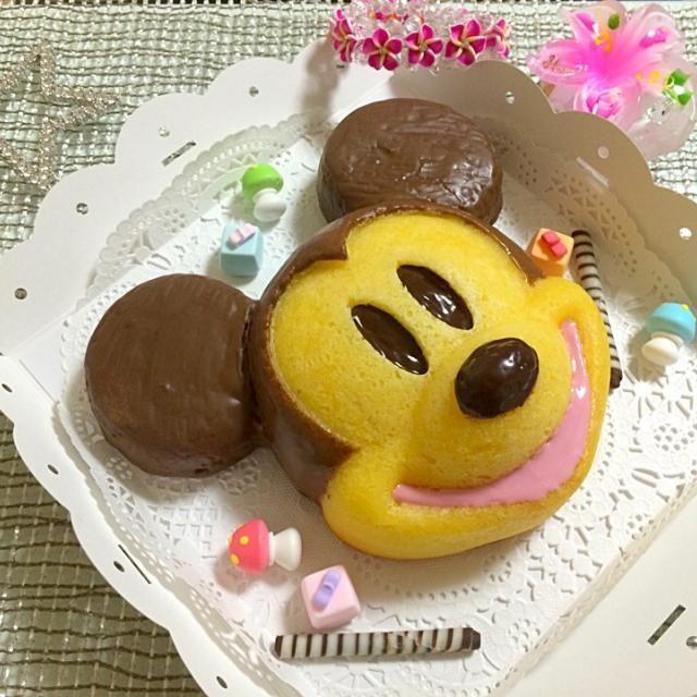 Disneyが好きで、ミッキーの型を購入したので、混ぜるだけの簡単マドレーヌを作ってみました(。›◡ु‹。)⋆。˚✩ - 185件のもぐもぐ - 大きなミッキーマドレーヌ by つっちー