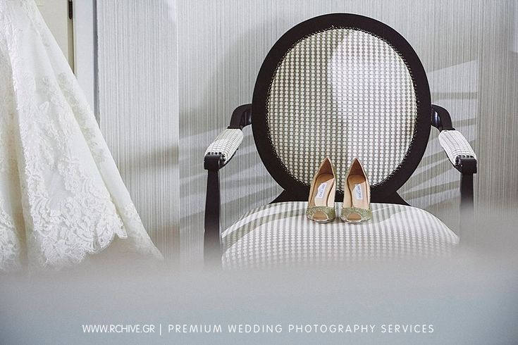 Bridal preparation at Apollon Divani and we did not miss the opportunity for a few stills of the wedding shoes