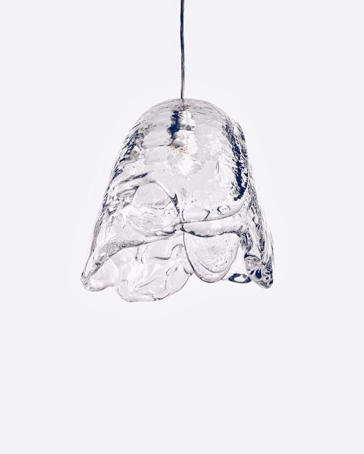 For this Winter night we bring you 'Frozen' by Czech designer Maxim Velčovský for @LasvitDesign. A pendant lamp crafted by pouring molten glass in layers over a dome-shaped mould & letting it cool @MaximVelcovsky's creative series is nothing less than magical. Look closely & you'll even see the illusion the glass creates of water trickling down..  . . . . . #sohodesigndistrict #sohonyc #soho #maximvelcovsky #lasvit #czechglass #glasswork #glassworks #handcrafted #lamps #lampstagram…