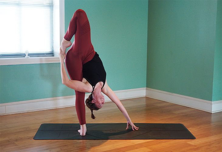 Get Playful With This 10 Step Super Soldier Pose Tutorial Standing Yoga Poses Super Soldier Standing Yoga