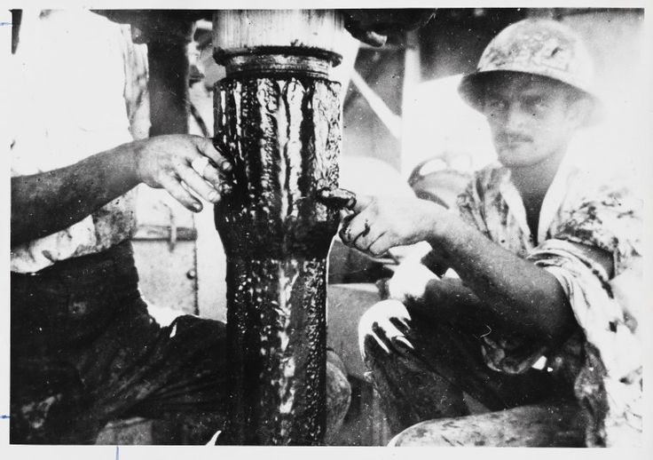 3239B/2: First flow of oil from Rough Range, 1953 http://encore.slwa.wa.gov.au/iii/encore/record/C__Rb1960218?lang=eng