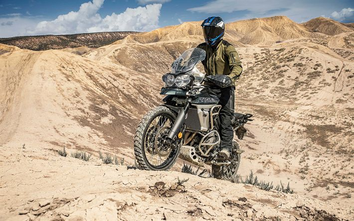 Download wallpapers Triumph Tiger 800 XCA, 4k, 2018 bikes, offroad, desert, Triumph Tiger, Triumph