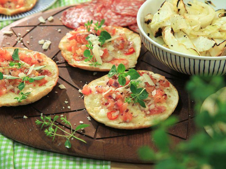 Grillad pizza på pitabröd | Recept.nu