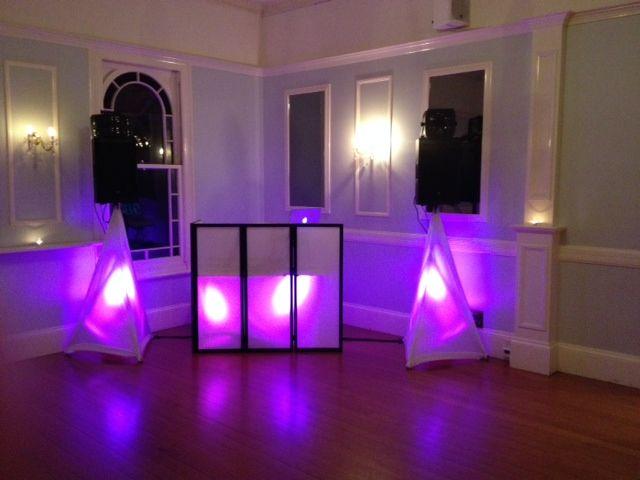 Wedding DJ Brisbane - Wedding Mashers Professional DJ hire in Brisbane #wedding #dj #weddingdj #weddingdjbrisbane #brisbaneweddingdj #Brisbanedj #Brisbanedjhire #Brisbanemobiledj #mobileDjBrisbane #DjHireBrisbane