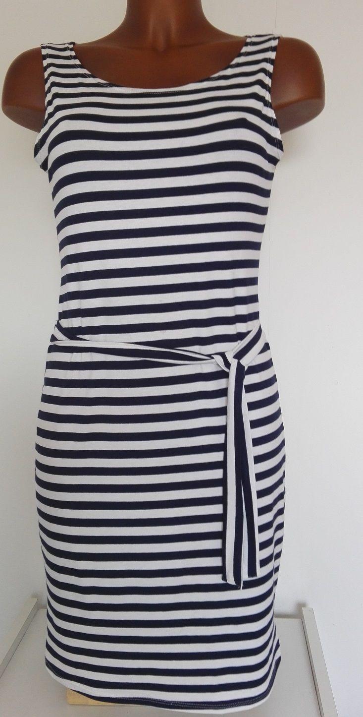 PROUŽKOVANÉ ŠATY VEL M - moc pěkné, modro bílý proužek 1x1 cm, kvalitní strečový materiál 95% viskoza 5% elastan, mírně přiléhavé, v pase našitý pásek na uvázání,  délka od ramene 91cm přes prsa 44-51cm pas 39-46cm boky 45-51cm ZNAČKA: AMARE šití oblečení, maloobchod - velkoobchod