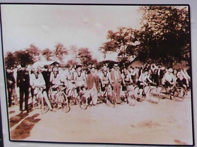 """#Biciklisti """"Budućnosti""""  na startu u Kleku 1930.godine #zrenjanin #nagybecskerek https://flii.by/file/9ia00t6oswr/"""
