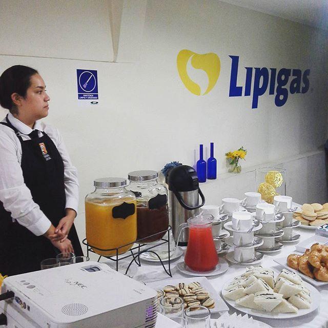 Se nos apareció marzo!!!!! #catering #coffeebreak #viñadelmar #café #téhelado #banquetería #felizmarzo #adiosvacaciones