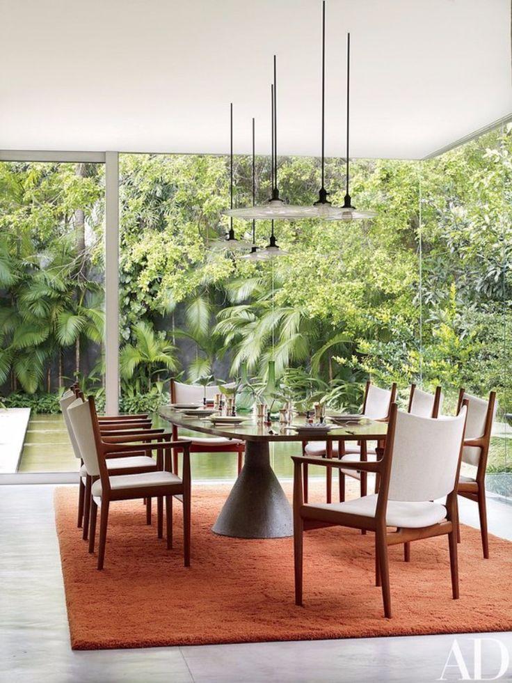 10 Fantastic Mid Century Modern Dining Room Ideas To Copy | dining room ideas,dining room design,modern dining room | #diningroomtable #diningroomchairs #diningroomdecor  See more:http://diningroomideas.eu/fantastic-mid-century-modern-dining-room-ideas-copy/