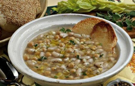 Ricette liguri: la mesciua Mesc-ciùa is the local dish of La spezia and of  the inland area. it is a soup that comes from  a mixture of grains, pulses (barley, chick peas,  cannellini beans, buckwheat), flavoured with  olive oil and ground pepper.