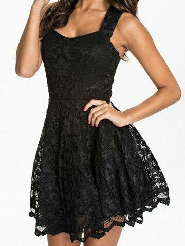 Pretty dress !! #blackdress #lacedress
