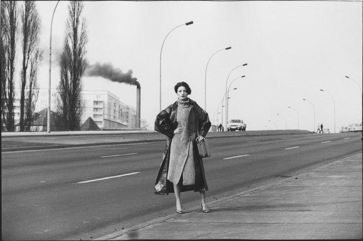 Sibylle Bergemann, Birgit Karbjinski, East Berlin, 1984