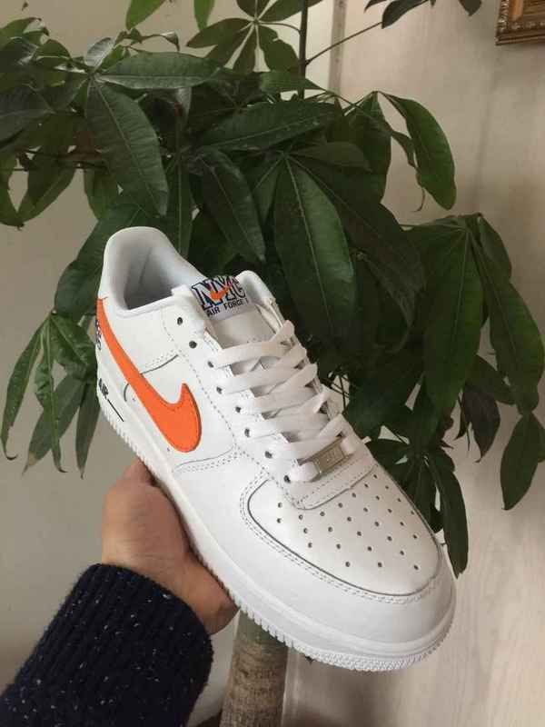 100% authentic 3dcda 8a4aa Populaire Unisex Nike Air Force 1 Low White blanc Orange Youth Big Boys  Shoes
