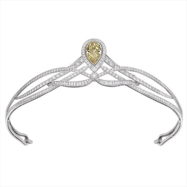 Platinum and diamonds, Josephine collection, 2010, by Chaumet.    I prefer the older tiaras, but this has nice, simple lines.