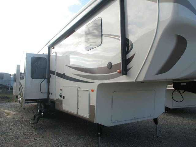 """2016 New Forest River Silverback 37RL Fifth Wheel in Oklahoma OK.Recreational Vehicle, rv, 2016 Silverback 37RL NEW FLOOR PLAN! AWESOME LUXURY REAR LIVING/DEN FLOOR PLAN WITH 5 SLIDEOUTS AND WHISPER QUIET AC SYSTEM! 6 POINT AUTO LEVEL! 19 CU FT STAINLESS STEEL RESIDENTIAL FRIDGE! THEATER SEATS! 2"""" TRUE GEL COAT SIDE WALLS! SERTA LUXURY KING MATTRESS AND MORE! KITCHEN ISLAND! This great floor plan has it all! You can hit the road in confidence with this quality 5th wheel that has luxury…"""
