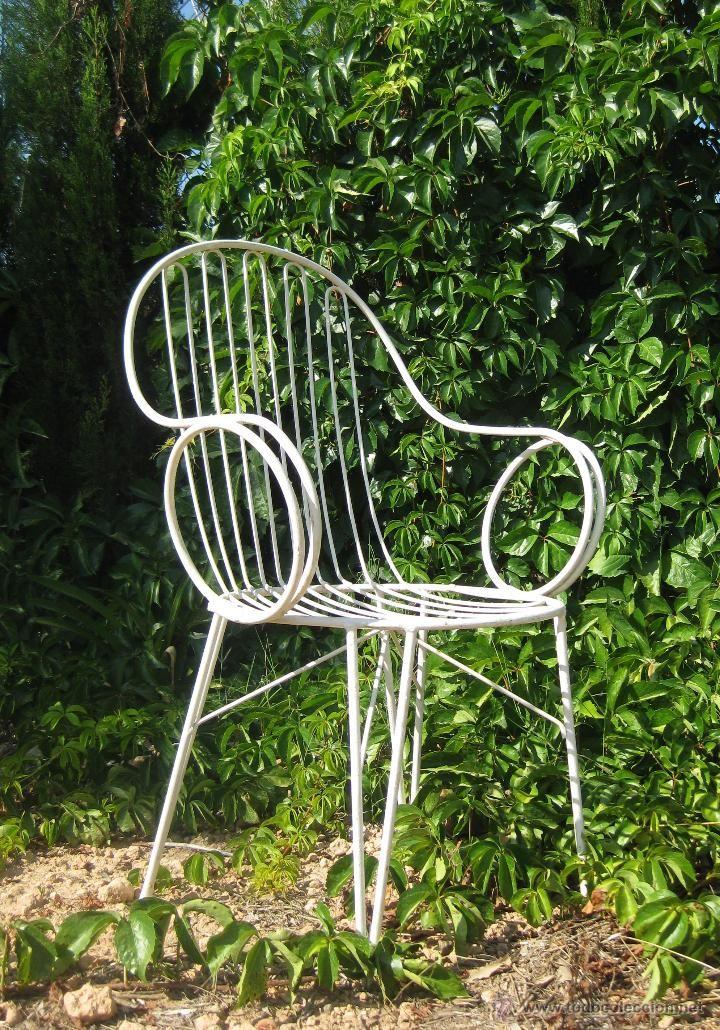 17 mejores ideas sobre sillas de hierro forjado en for Camastros de hierro para jardin