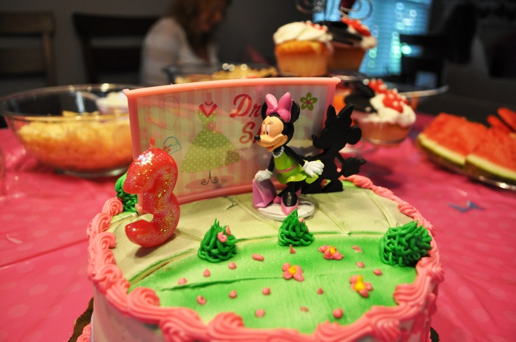 Publix Minnie S Bow Tique Birthday Cake Kid S Birthdays