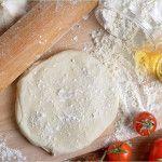 Grundrezept für einen schnellen Pizzateig