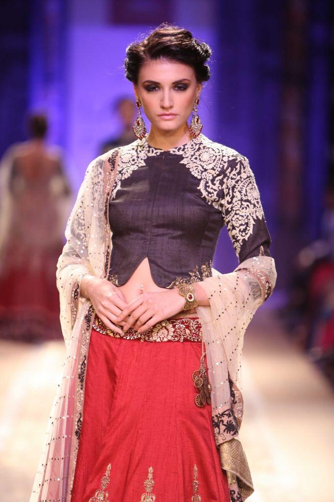 Lakmé Fashion Week – Anju Modi at LFW WF 2014