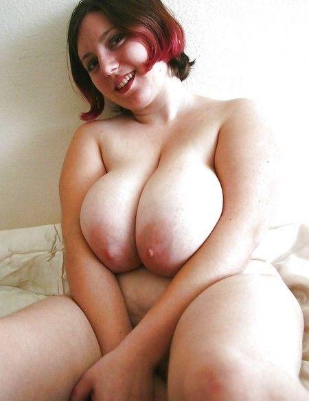 woman wih three tits