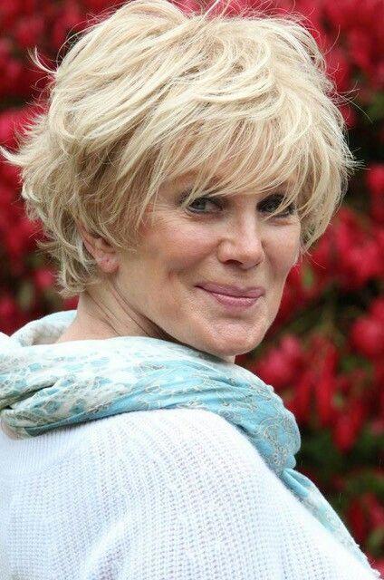 Linda Evans looking fantastic with short hair