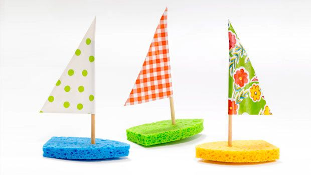 The bases for these cute little schooners are made from ordinary kitchen sponges, which float quite nicely in the pool, pond, or tub.