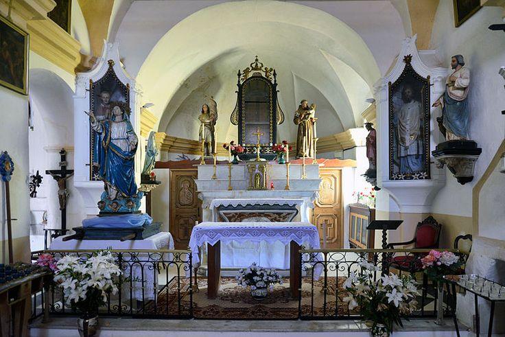Corsica - A Balagna - La Balagne Avapessa, L'intérieur de l'église Santa Maria